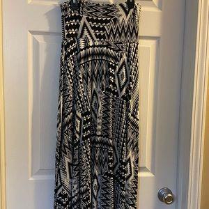 Long soft flowy maxi skirt black white print